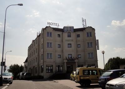 ホテル テレジア コリーン