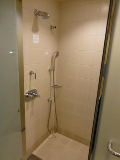 シャワールームです.