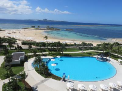 ホテルからのビーチの風景が素晴らしい