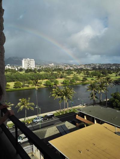 7階の部屋から。よく虹が見える山側です。