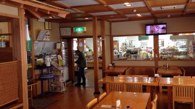 栄村物産館内食堂