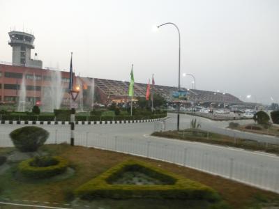 トリブバン国際空港 (KTM)