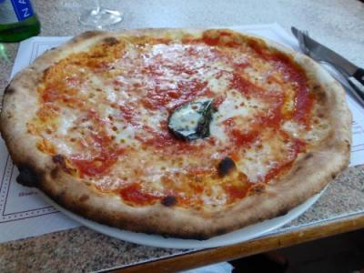 フォリオのピザはやっぱりここがいい♪