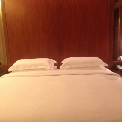 ディプロマティックスイートのベッド