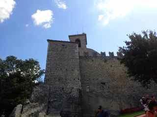 サンマリノ歴史地区とティターノ山