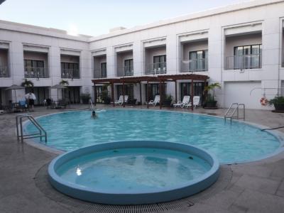 6階にあるプールです