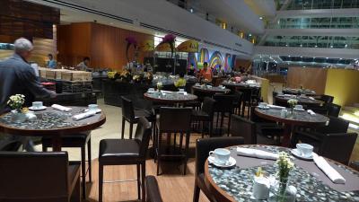 1階のライズ・・・朝食のレストランです。