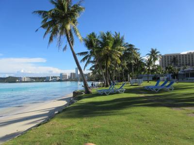 プールサイドとビーチ