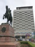 キシナウ観光の拠点になるソ連風ホテル