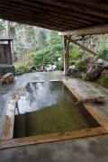 東鳴子温泉で女性に人気の旅館。離れの露天風呂が秀逸