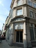 駅からもグランプラスからも近いホテルで、1人で泊まって朝食なしで1泊約55ユーロでした。