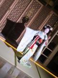 京都らしく舞妓さん触れ合えるラウンジでした。