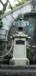 エルウィン フォン ベルツ像