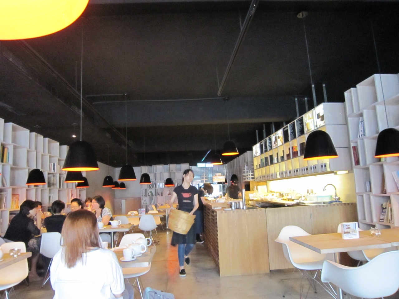 By too for The east asian dining t nagar