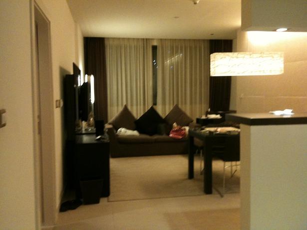 ラディソン ブルー ホテル ドバイ メディア シティ         Radisson Blu Hotel - Dubai Media City