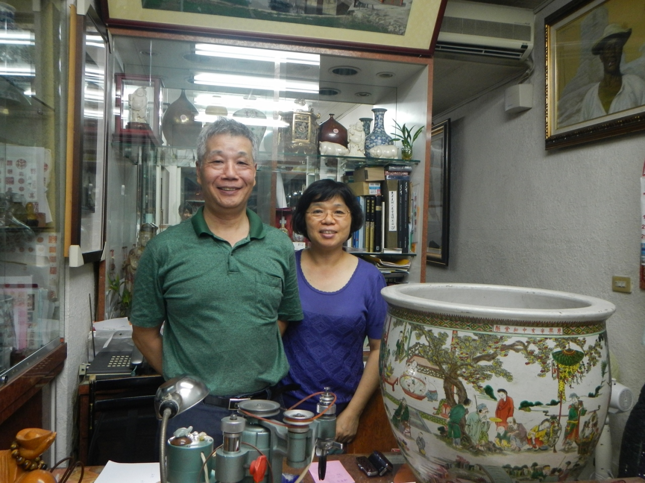 日本客人鏡頭下的易文堂店主夫婦