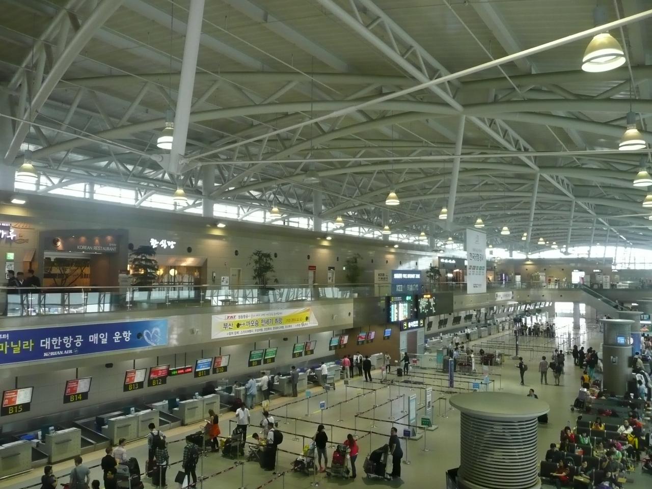 """開放的なきれいな空港です この写真のクチコミを見る"""" data-lb=""""li"""