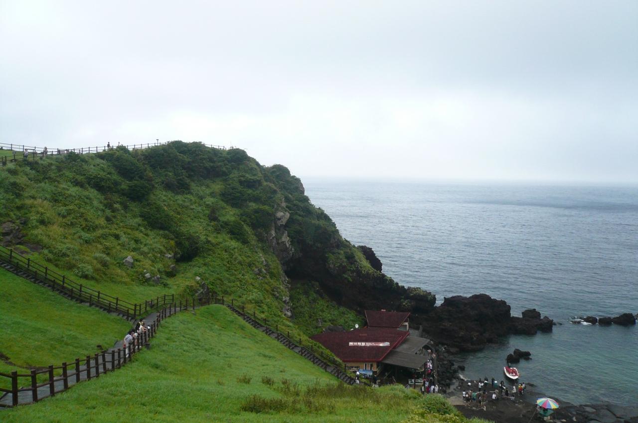 済州の火山島と溶岩洞窟群の画像 p1_5