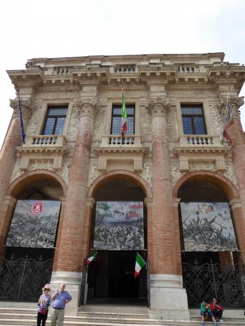 ヴェネツィア共和国総督官邸Loggia del Capitaniato