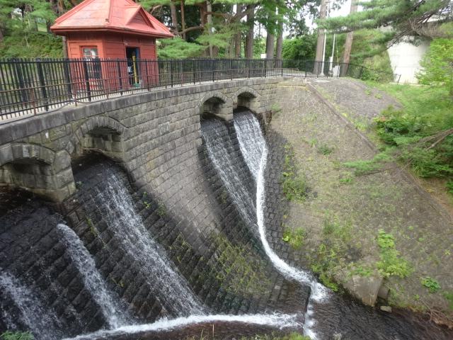 旧大湊水源地水道施設(水源池公園内)