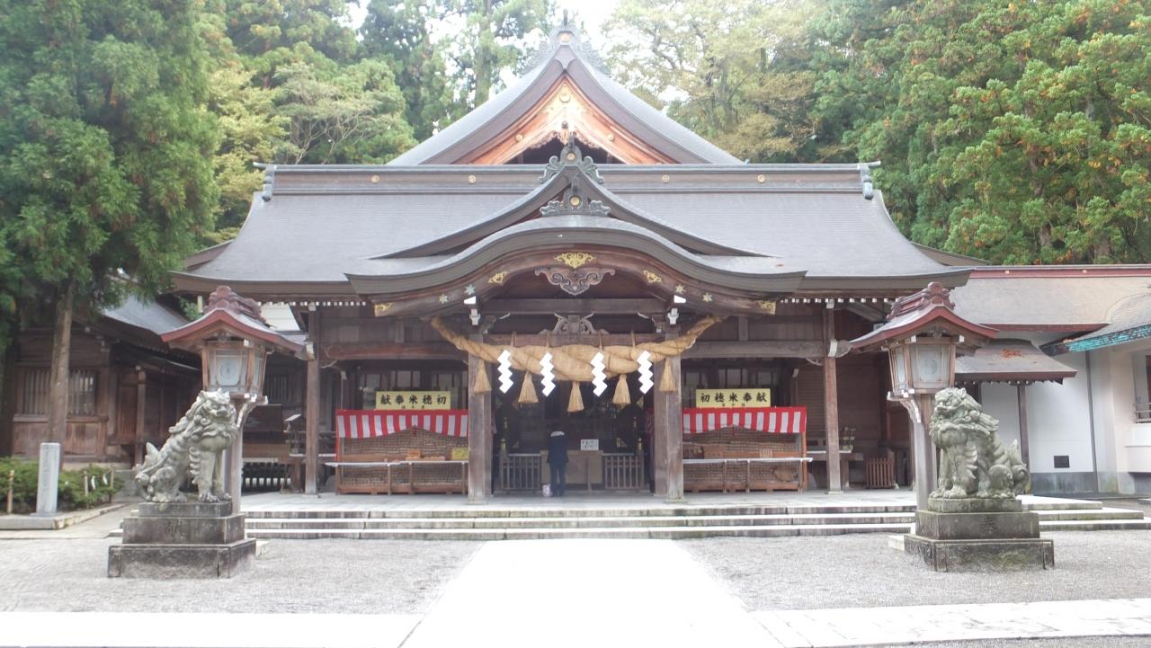 『全国に2,000社以上ある白山神社の総本社です』by entetsuさん ...