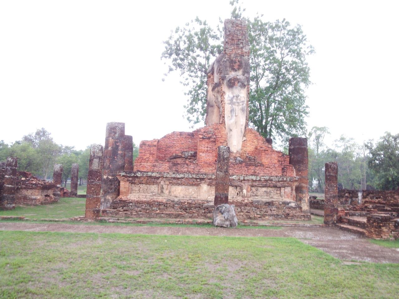 ワット プラ パーイ ルアン クチコミガイド【フォートラベル】Wat Phra Pai Luangスコータイ