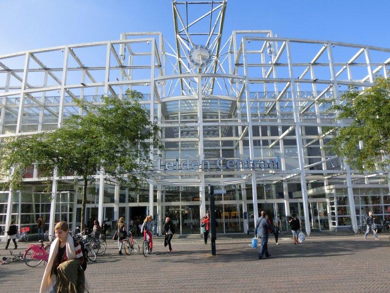 ライデン中央駅Station Leiden Centraal