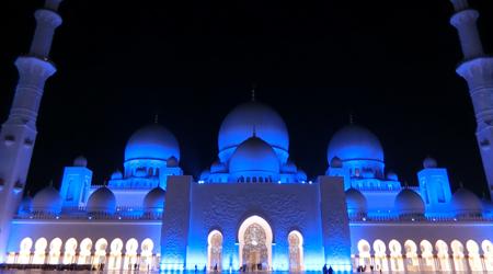 日本からの友達と合流!アビダビ市内観光とグランドモスク!!...