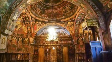 素朴でソフトで・・・食べ物もおいしく・・・物価も安く・・・トルコチックな家並みも可愛かったよ!緑多きブルガリア 15 ★アルバナシ村�★石壁に囲まれた家並みと・・・フレスコ画が美しい大天使ミカエル・ガブリエル教会など★