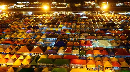 雨季のバンコク&パタヤ�