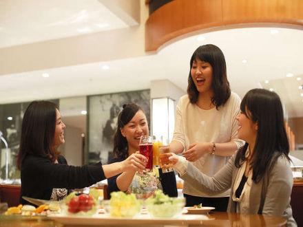 ホテル京阪 ユニバーサル・タワー 写真