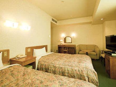 自家源泉かけ流しの天然温泉ビジネスホテル 湯村ホテルB&B 写真