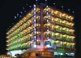 オスカー ホテル 写真