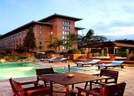 クラウンプラザ ホテル カトマンズ ソルティ