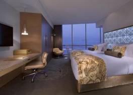 ジュメイラ アット エティハド タワーズ ホテル 写真
