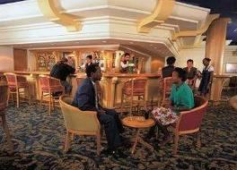 Safari Court Hotel 写真