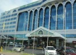 センター ポイント ホテル