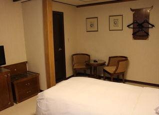 インサドン クラウン ホテル 写真