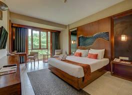 ニルワナ リゾート ホテル 写真