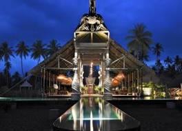 トゥグ ロンボク ホテル 写真