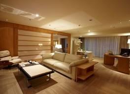 ホテル エミリアーノ 写真