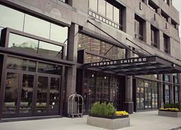 トンプソン シカゴ 写真