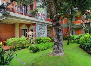 アディ ダルマ ホテル 写真