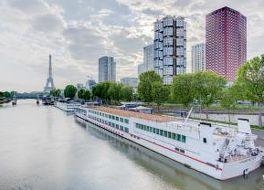 ノボテル パリ サントル トゥール エッフェル ホテル 写真