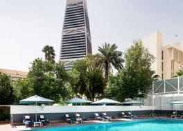 アル コザマ ホテル 写真