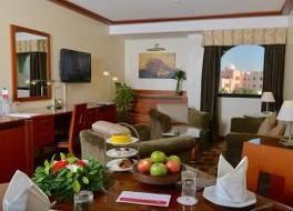 ラマダ ホテル 写真
