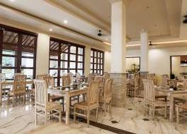ヴィラ オンバク ホテル 写真