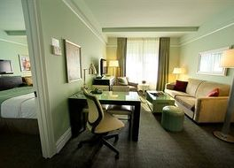 ホテル ビーコン 写真