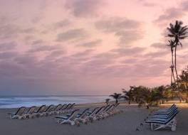 ラバディビーチ ホテル 写真