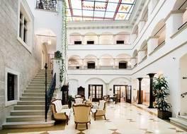 アルカディア ホテル 写真
